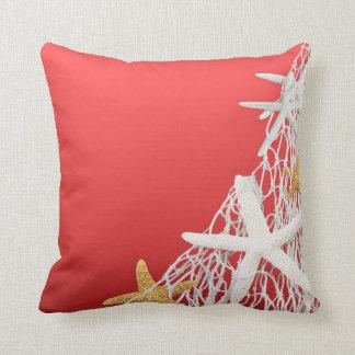 Coral del boda de playa de la red de las estrellas almohada