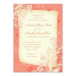 Coral e invitación floral de marfil del boda