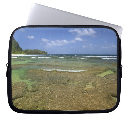 Coral formations on Tunnels Beach Laptop Computer Sleeve