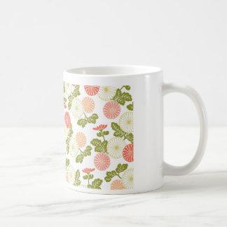 coral moderno de las tendencias floral tazas de café