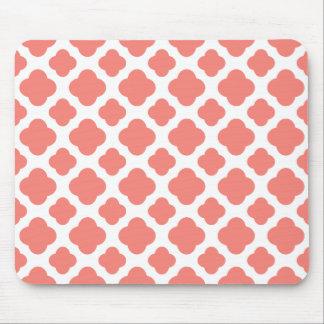 Coral Pink Quatrefoil Pattern Mouse Pad