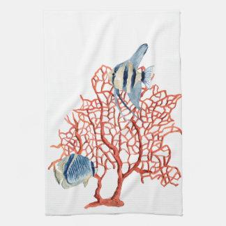 Coral rojo con los pescados tropicales, acuarela toalla