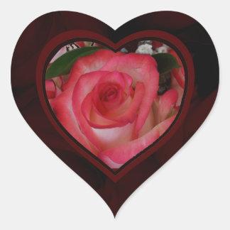 Corazón 1c de los rosas rojos y blancos calcomania de corazon
