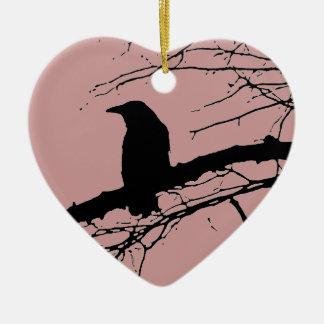 Corazón agrietado del cuervo adorno navideño de cerámica en forma de corazón