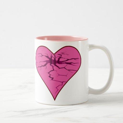 Corazón agrietado taza