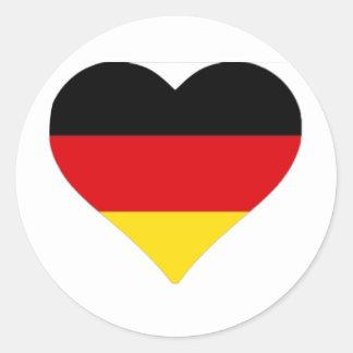 Corazón alemán de la bandera etiqueta redonda