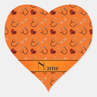 Corazón anaranjado conocido personalizado del pegatina en forma de corazón