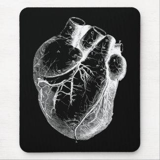 Corazón anatómico correcto alfombrillas de ratón