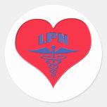 Corazón autorizado del caduceo de la enfermera LPN Etiquetas Redondas