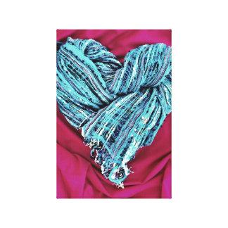 Corazón azul del trullo fresco en la tela de las r impresión en lienzo estirada