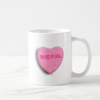 Corazón bisexual del caramelo taza de café