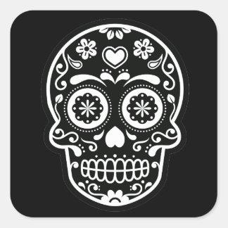 Corazón blanco y negro del cráneo del azúcar pegatina cuadrada