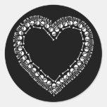 Corazón bonito del cráneo pegatina redonda