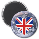 Corazón BRITÁNICO de la bandera sobre la tierra de Iman Para Frigorífico