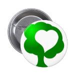 Corazón cada vez mayor del árbol de amor pins