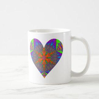 Corazón caleidoscópico Mug.2 del copo de nieve Taza Básica Blanca