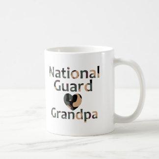 Corazón Camo del abuelo del Guardia Nacional Taza De Café