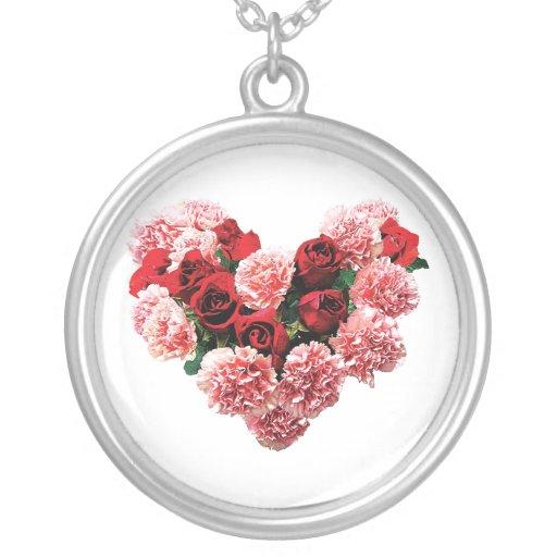 Corazón color de rosa y del clavel joyeria