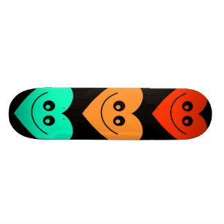Corazón colorido skate board