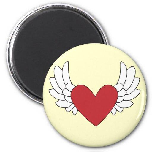 Corazón con alas imán de nevera