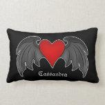 Corazón con alas rojo oscuro gótico personalizado almohada
