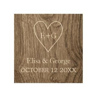 Corazón con el boda rústico del grano de madera de cuadros de madera