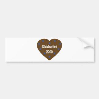 Corazón con el icono de Oktoberfest Etiqueta De Parachoque