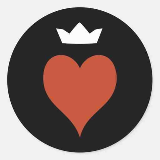 Corazón con la corona etiqueta redonda