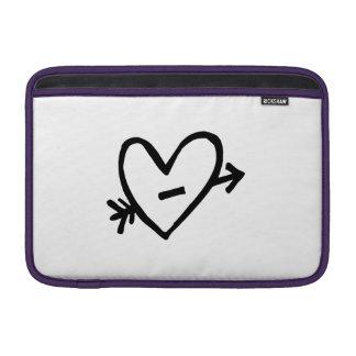Corazón con la flecha fundas macbook air