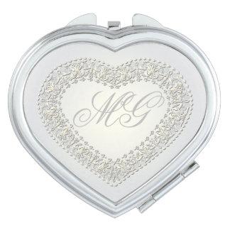 Corazón con monograma 6 del oro blanco - espejo espejo compacto