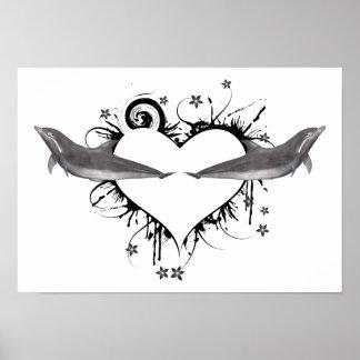 Corazón con negro de los delfínes póster