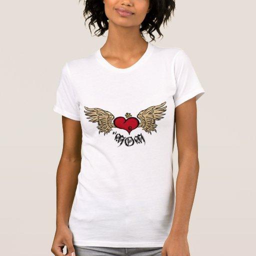 Corazón coronado mamá del tatuaje con las alas playera