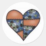 Corazón cosido acolchado rellenado Brown Etiqueta Redonda