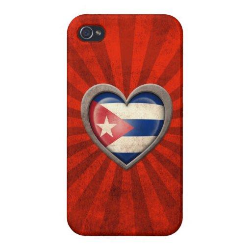 Corazón cubano envejecido de la bandera con los ra iPhone 4 protector