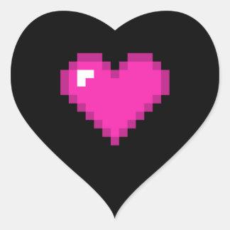 Corazón de 8 bits del negro y del rosa pegatina en forma de corazón