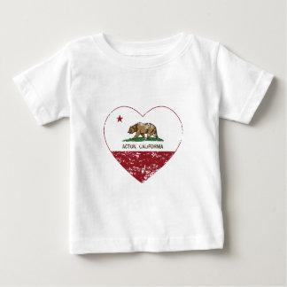 corazón de Acton de la bandera de California Remeras