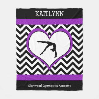 Corazón de Chevron de la gimnasia con el monograma Manta De Forro Polar