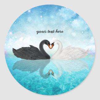 Corazón de cisnes pegatina redonda