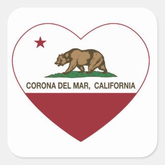 corazón de Corona del Mar de la bandera de Calcomanía Cuadradase