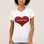 Corazón de encargo del el día de San Valentín Camisetas