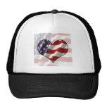 Corazón de la bandera americana gorros