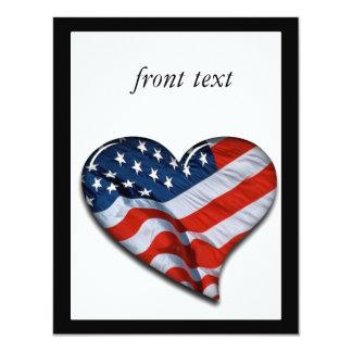 """Corazón de la bandera americana invitación 4.25"""" x 5.5"""""""