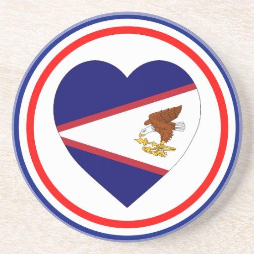 Corazón de la bandera de American Samoa Posavaso Para Bebida