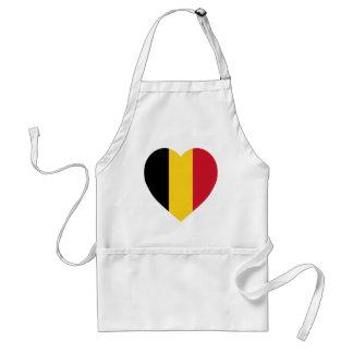 Corazón de la bandera de Bélgica Delantales