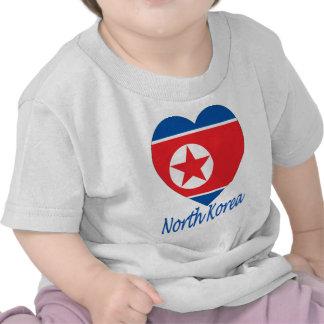 Corazón de la bandera de Corea (norte) Camiseta