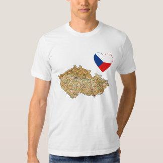 Corazón de la bandera de Czechia y camiseta del Remera