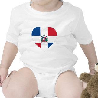 Corazón de la bandera de la República Dominicana Camisetas