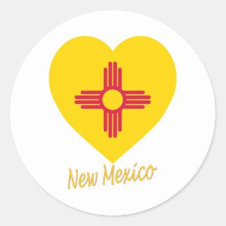 Corazón de la bandera de New México Pegatina Redonda