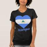 Corazón de la bandera de Nicaragua Camisetas