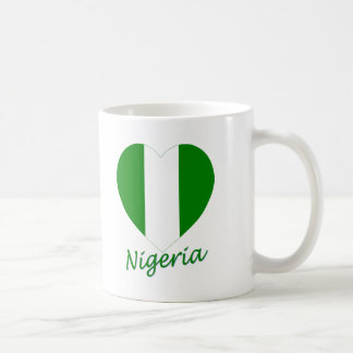 Corazón de la bandera de Nigeria Taza De Café